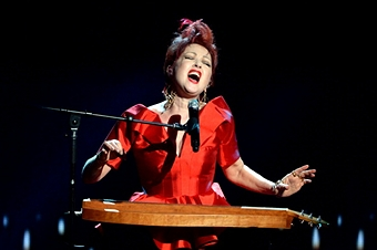 NEW YORK, NY - JUNE 09: Cyndi Lauper, winner of the Tony Award for Best Original Score for 'Kinky Boots,' performs onstage at The 67th Annual Tony Awards at Radio City Music Hall on June 9, 2013 in New York City. (Photo by Kevin Mazur/Getty Images for Tony Awards Productions)     By: Kevin Mazur      People: Cyndi Lauper