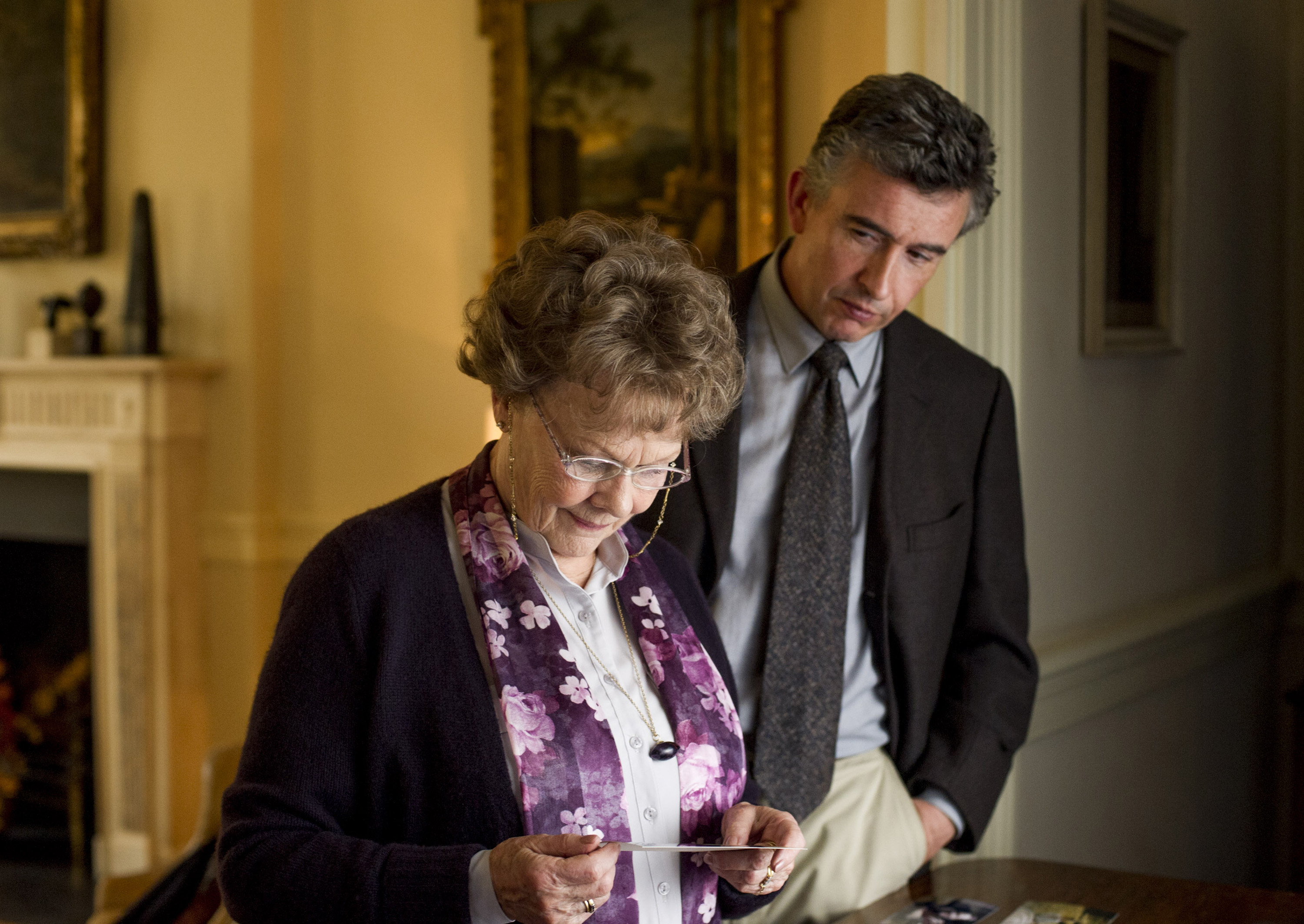JUDI DENCH and STEVE COOGAN star in PHILOMENA Photo: Alex Bailey   2013 The  Weinstein