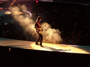 he Edge from U2 on 1. April 2005 in Anaheim. *Taken by Chris Sansenbach]